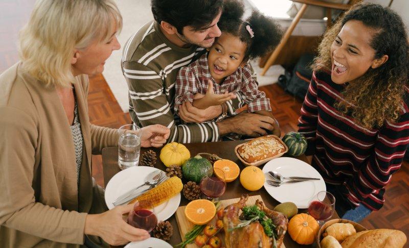 Family eating thanksgiving